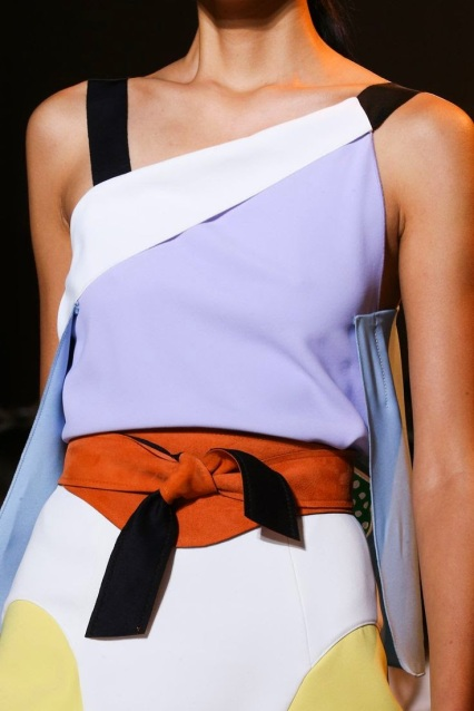 http://www.style.com/slideshows/fashion-shows/spring-2015-ready-to-wear/roland-mouret/collection/13
